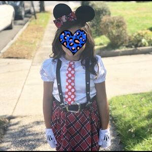 Minnie Mouse need costume 🐭 🎀
